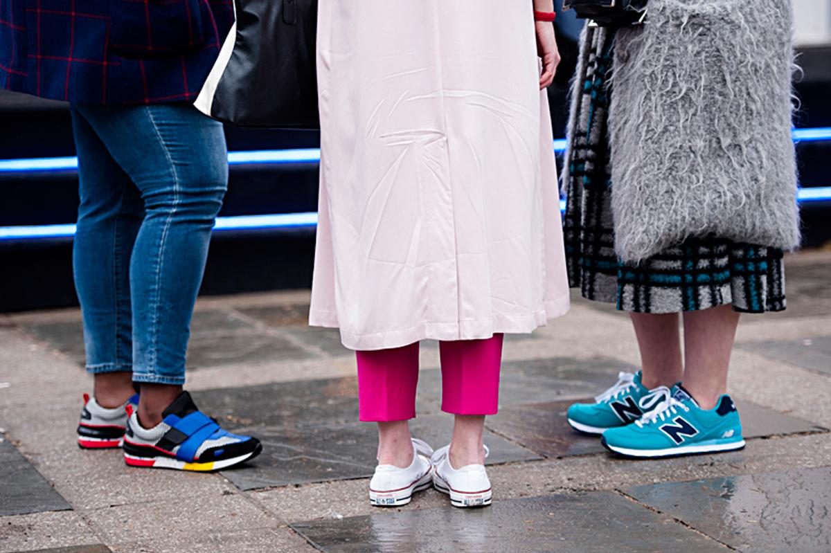 mo handahu fashion week street style features 06 mauricio calero