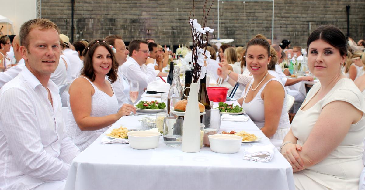 diner en blanc diner en blanc halifax 2015 citadel hill diner en blanc 04