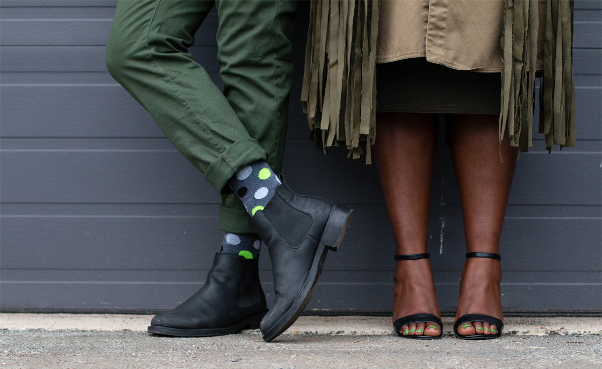 style twins olive green army green stylish duos stylish couples how to wear olive how to wear army green 13