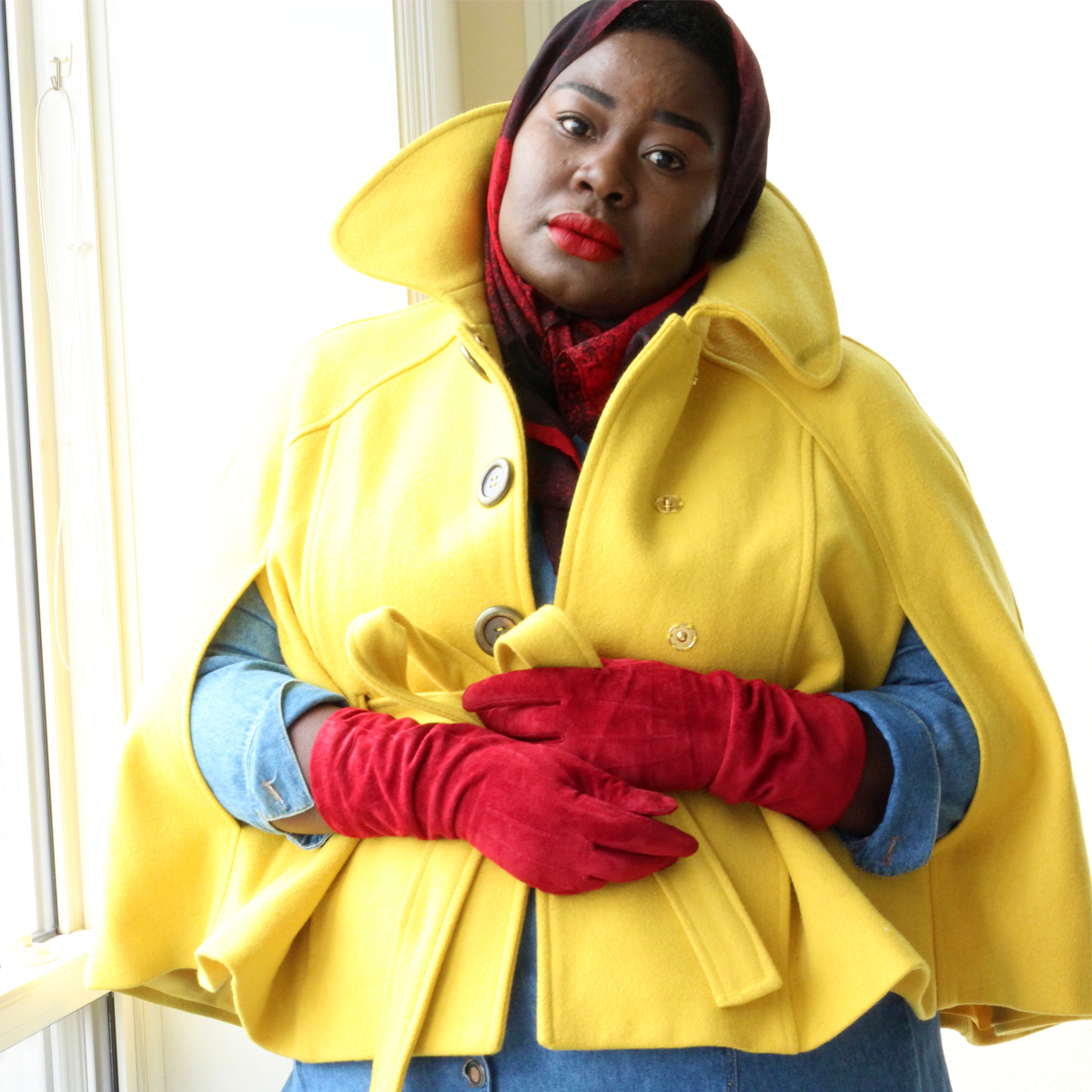 le-chateau-suede-gloves-plus-size-cape-red-gloves-03