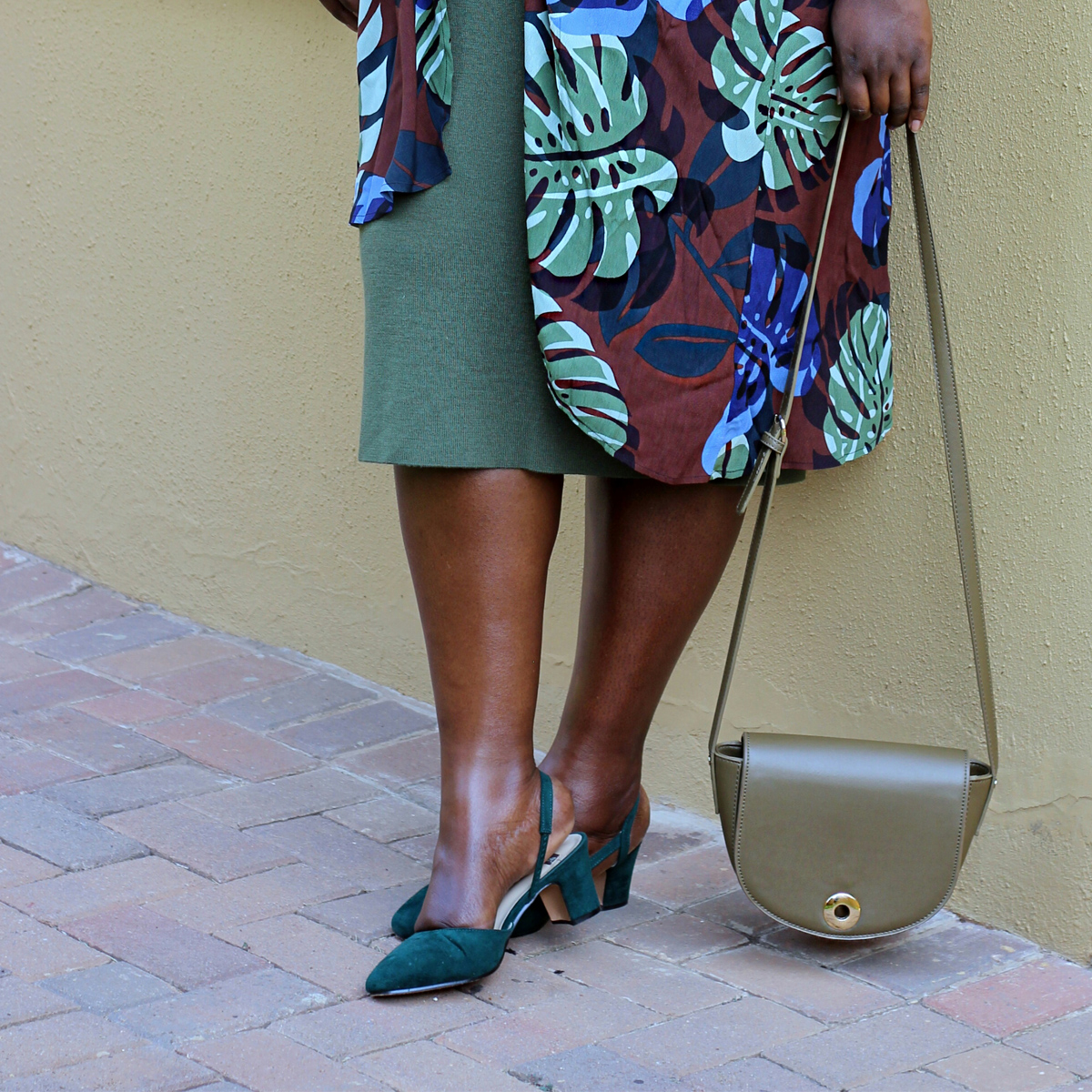 south africa fashion week outfit, plus size yellow dress, eloquii yellow dress, plus size fashion week streetstyle 00