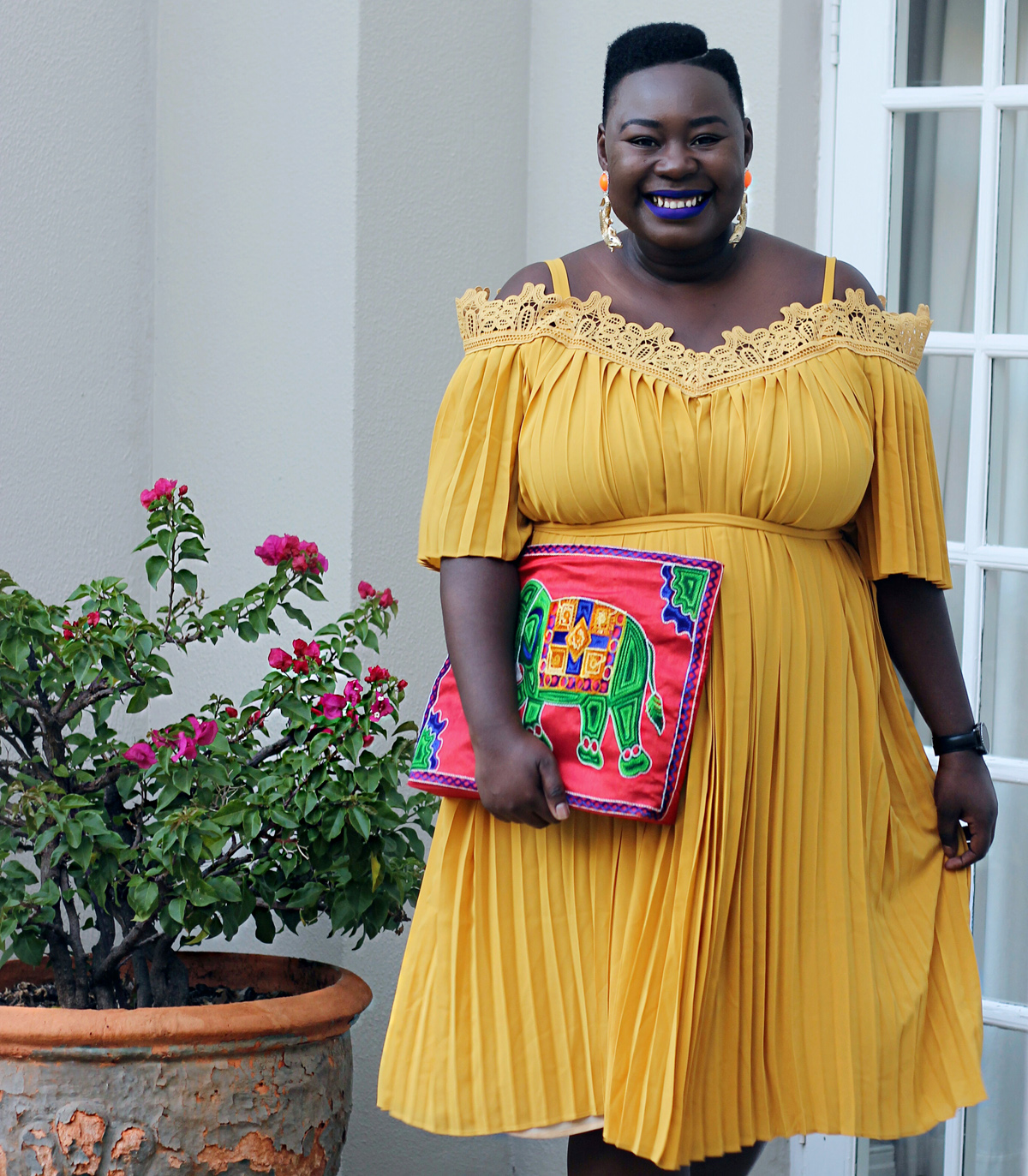 south africa fashion week outfit, plus size yellow dress, eloquii yellow dress, plus size fashion week streetstyle 02